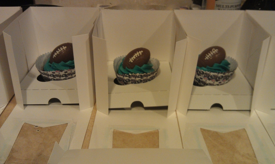 Football Cupcakes on Cake Central