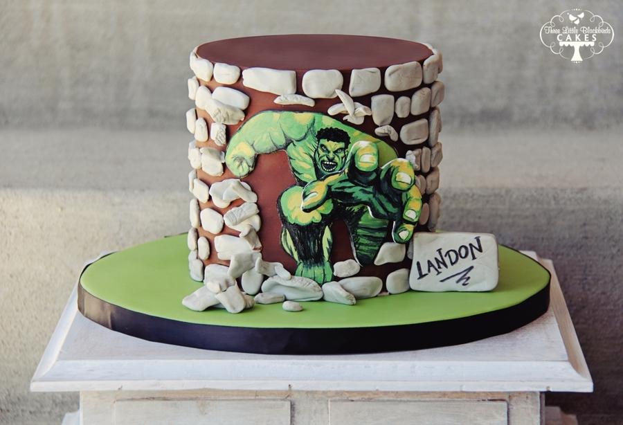 Incredible Hulk Cake Design : Incredible Hulk 3D - CakeCentral.com