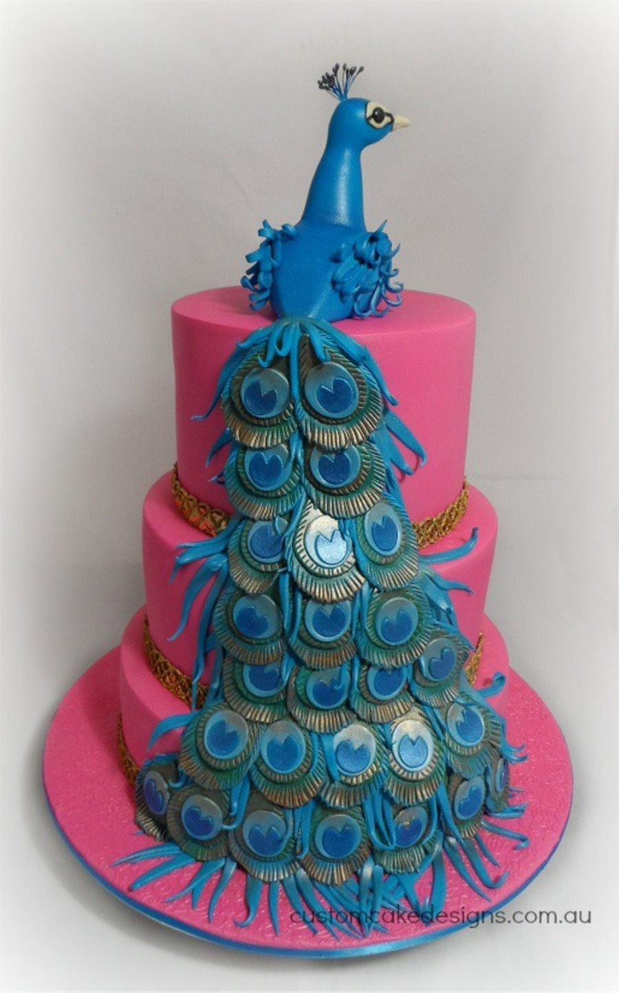 peacock colored wedding cakes peacock wedding cake cakecentral 18155