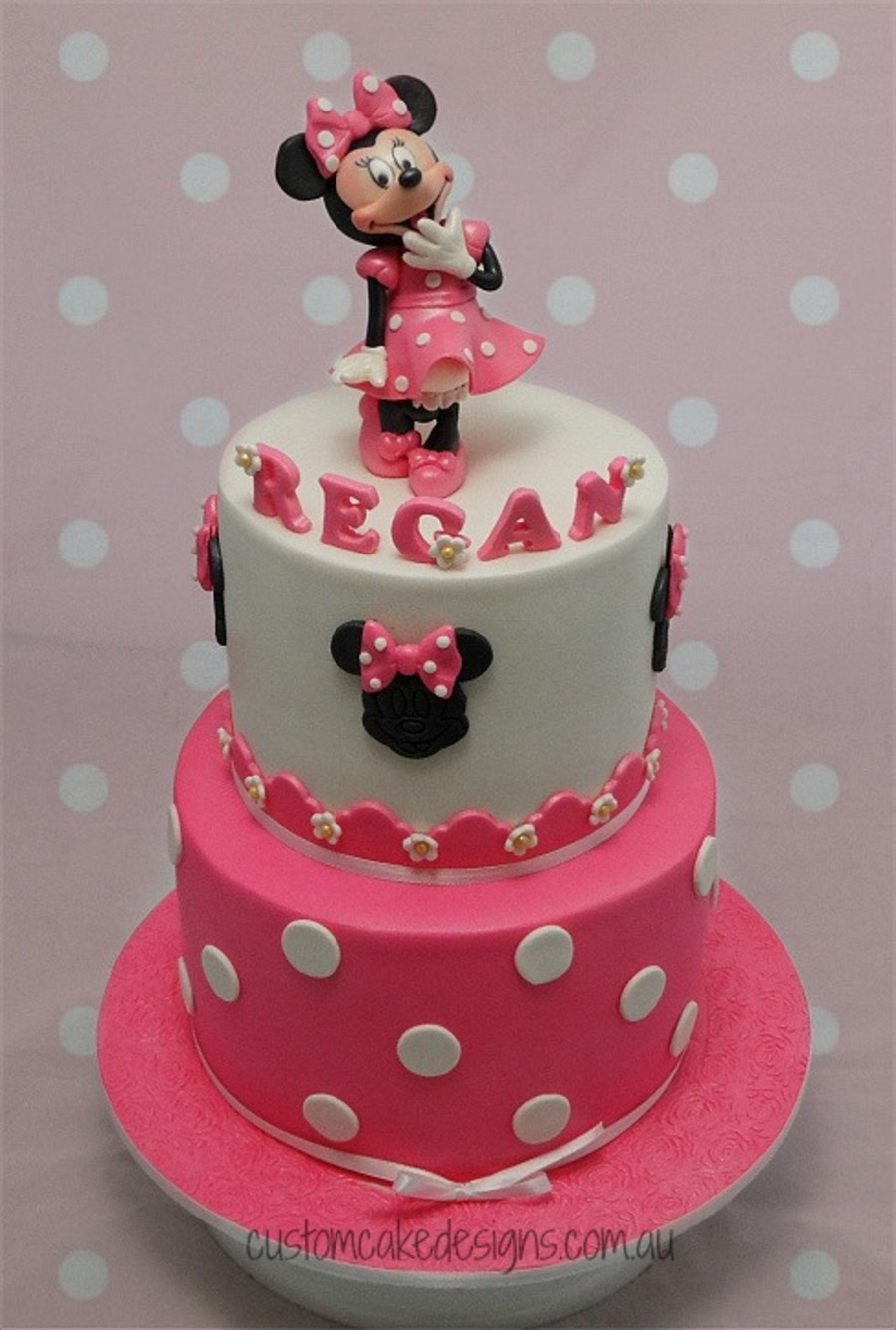 This Is The 2nd Time I Have Made This Minnie Mouse Cake Design But