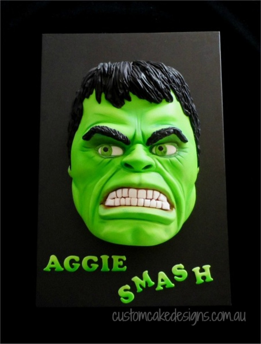 Its Hulks Turn To Be Smashed This Time This Life Sized Hulk Face Was