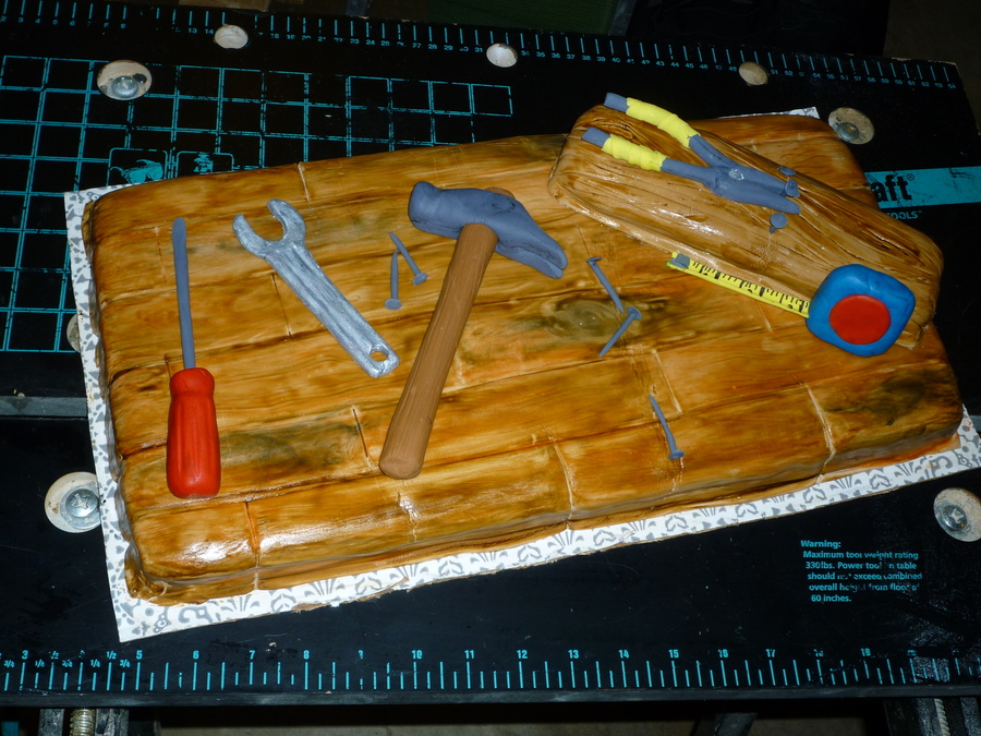 Tool Bench  on Cake Central