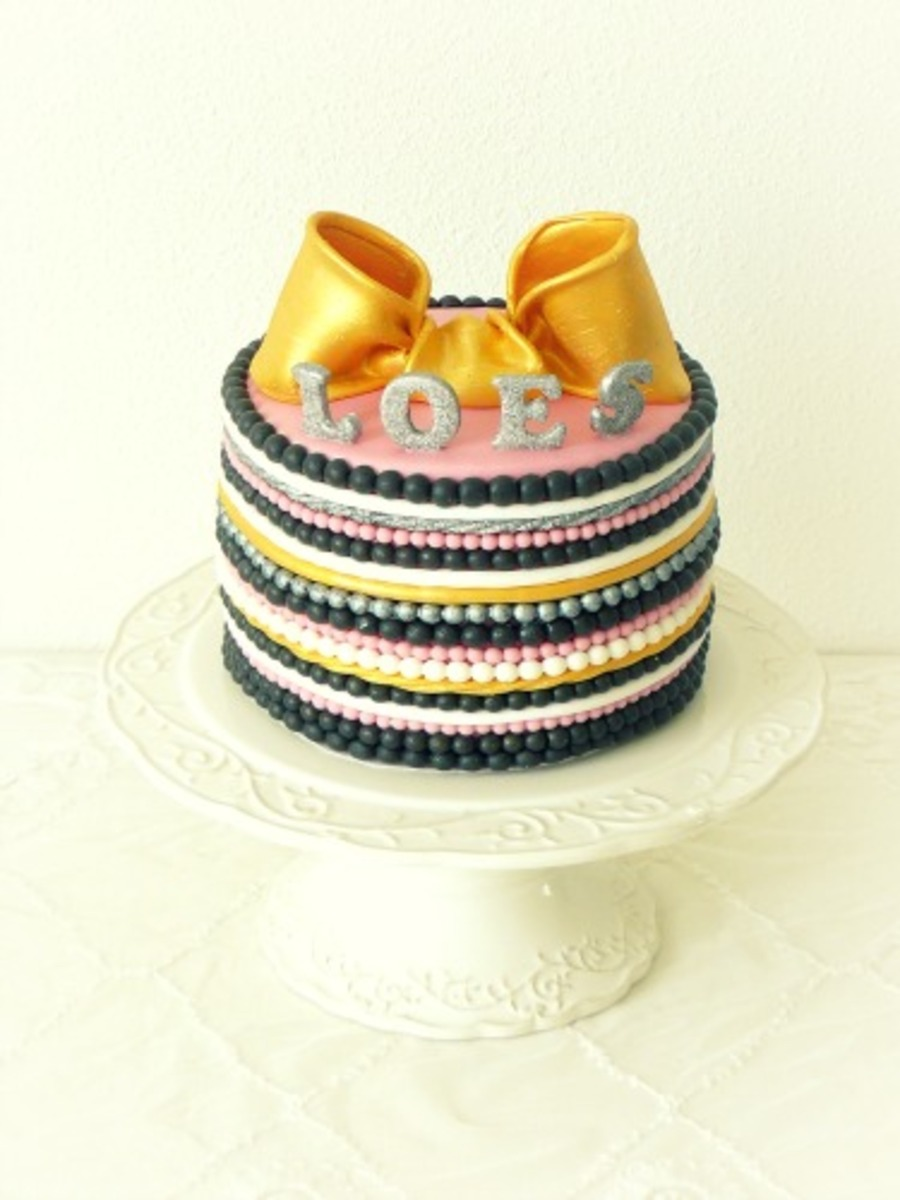 Glamour Cake on Cake Central