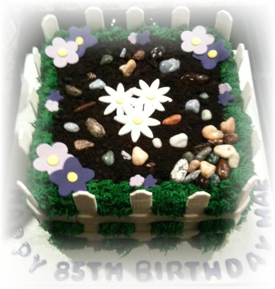 Peachy Garden Birthday Cake Cakecentral Com Funny Birthday Cards Online Overcheapnameinfo