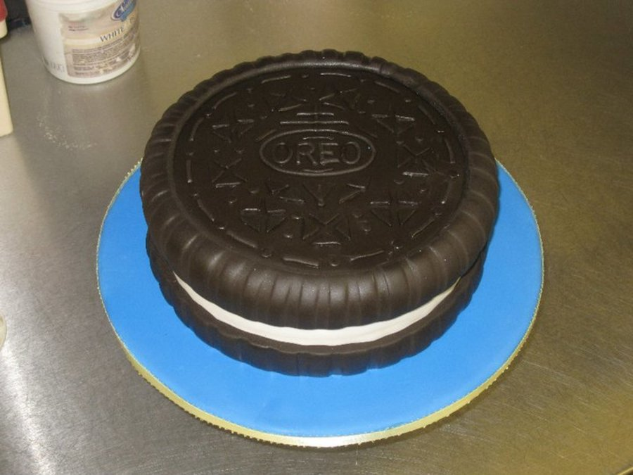Milk's Favorite Cookie on Cake Central