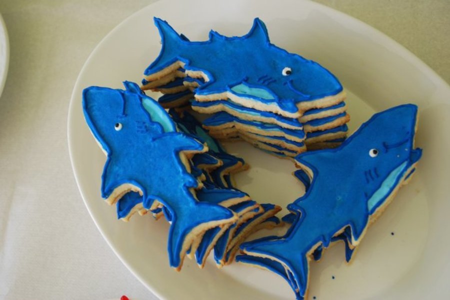 School Of Sugar Cookie Blue Sharks on Cake Central