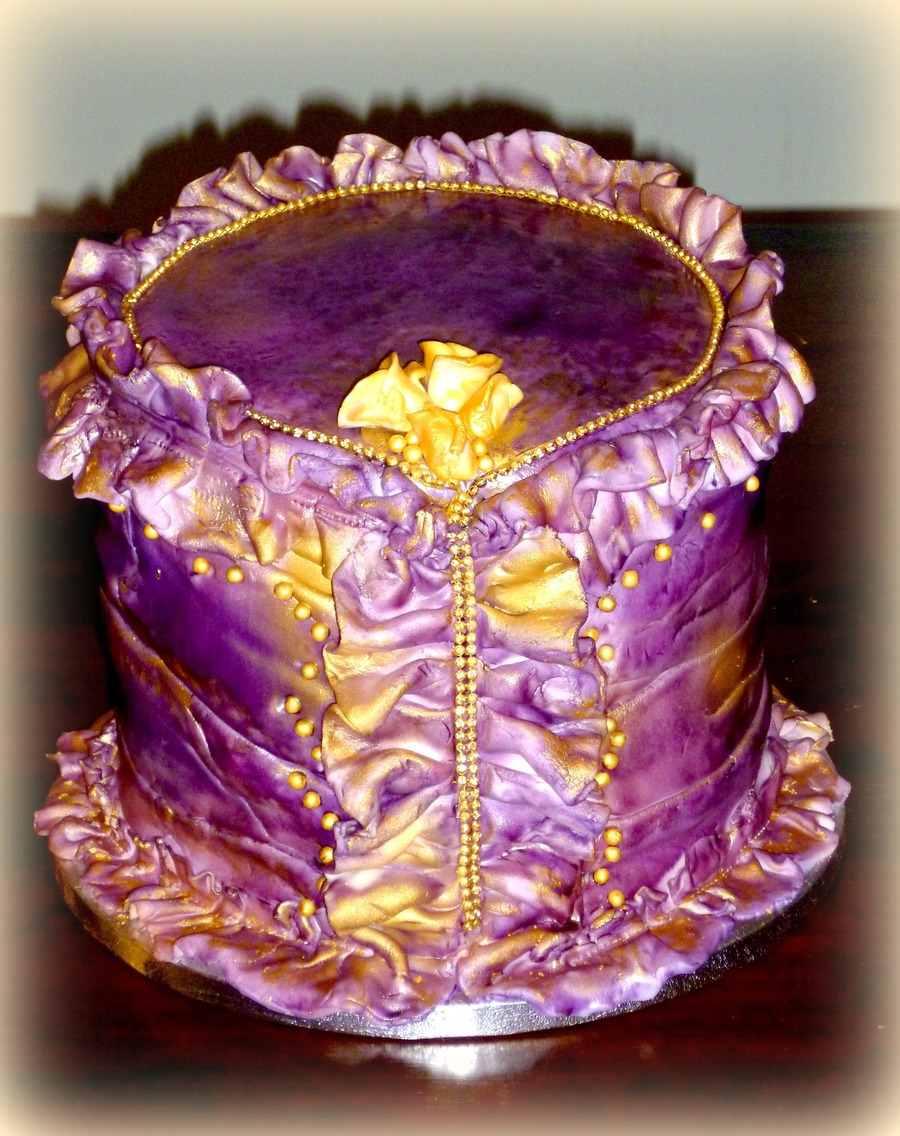 Corset Cake on Cake Central