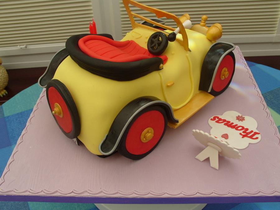 Brum And The Birthday Cake