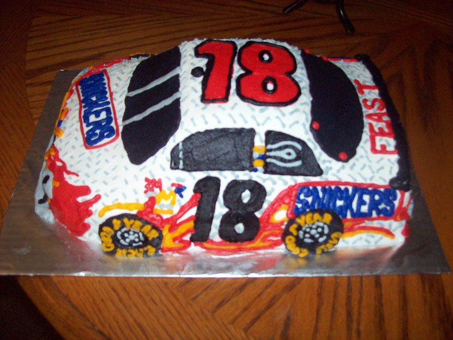 Nascar Snickers Cake on Cake Central