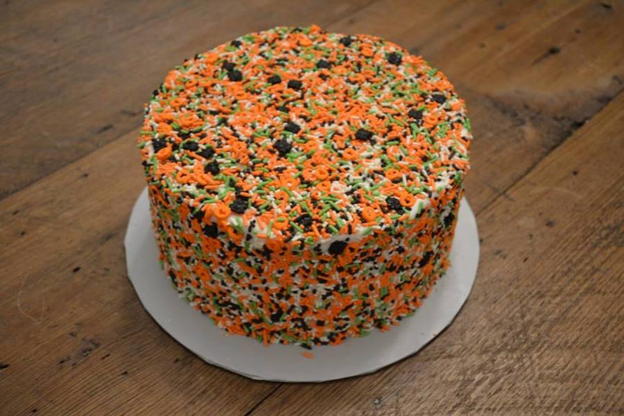 Green Orange Black Amp White Halloween Sprinkle Cake ...