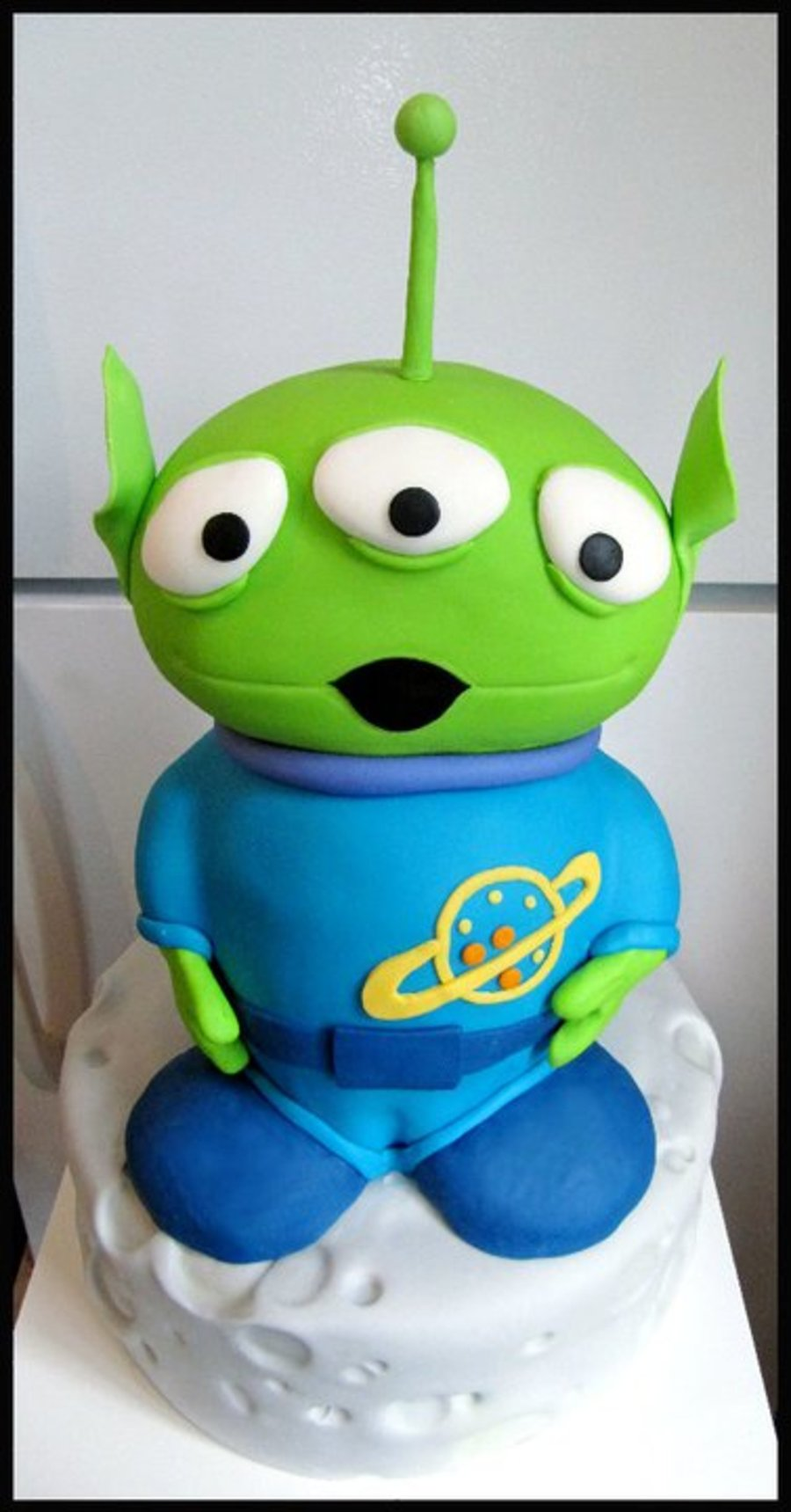 Alien From Toy Story on Cake Central