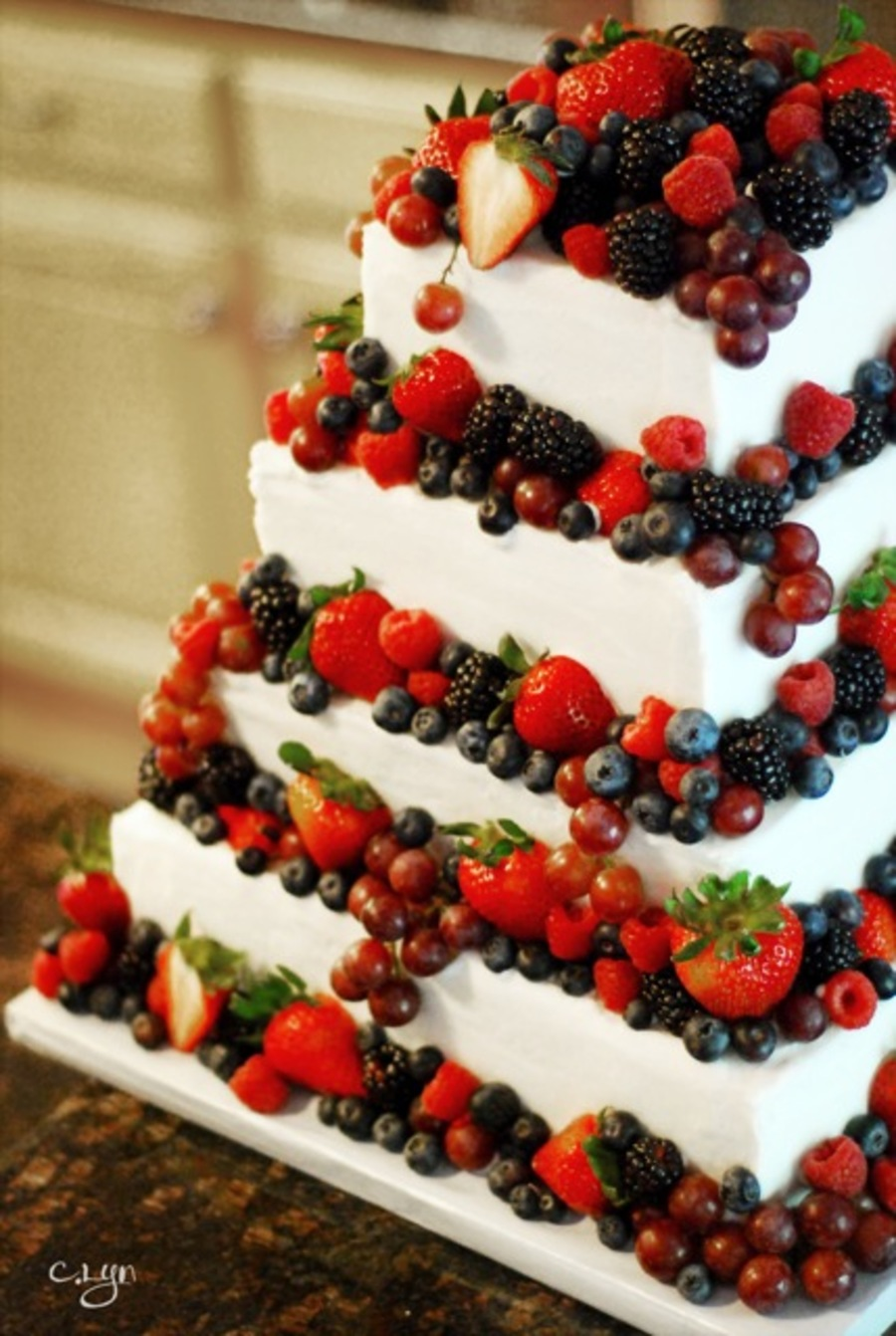 Fancy Wedding Cakes With Berries