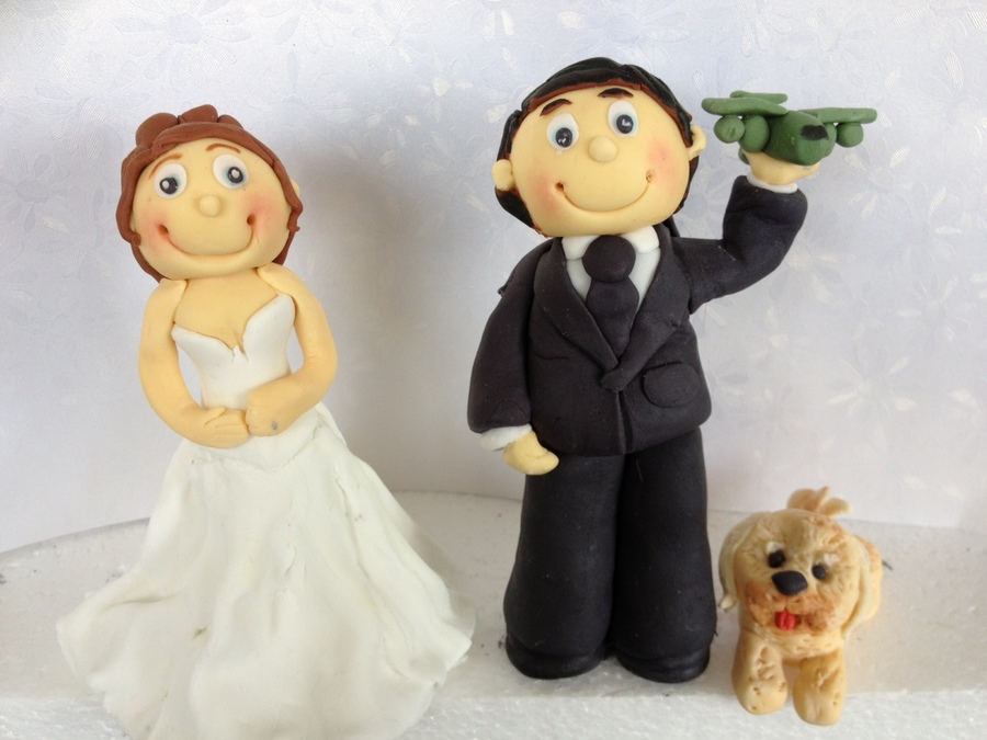 Bride And Groom Figurines on Cake Central