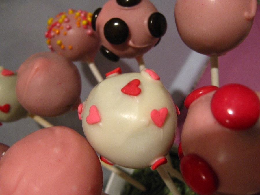 Girly Colours Cake Pops  on Cake Central