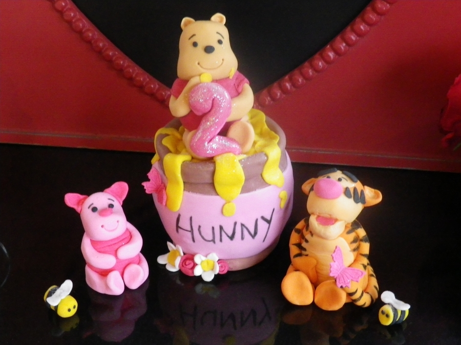 Pooh Bear Cake Toppers on Cake Central