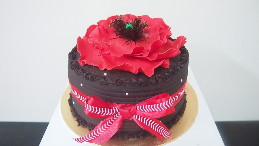 Red Flower on Cake Central