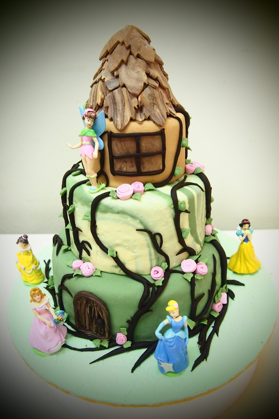 Princesses And Castle on Cake Central