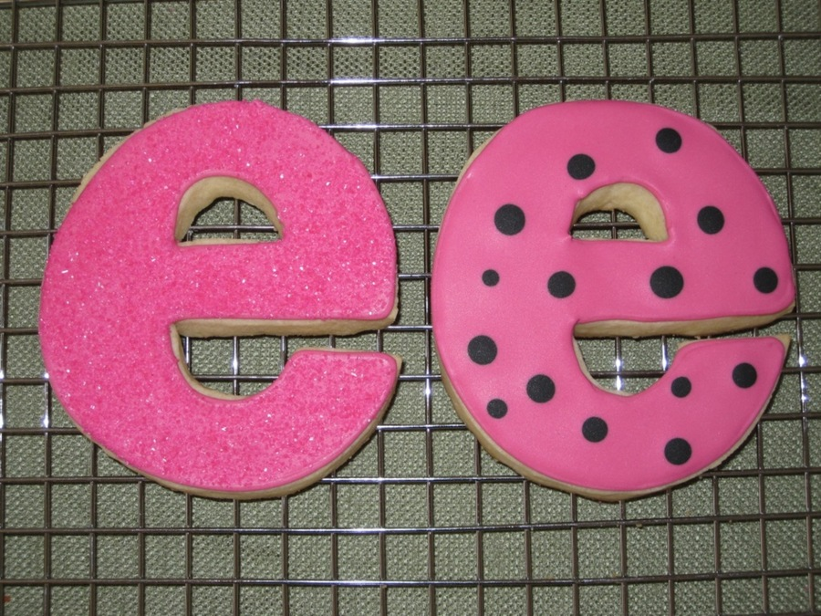 "Letter ""e"" Cookies on Cake Central"