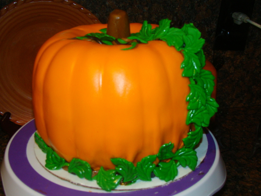 Thankgiving Pumpkin  on Cake Central