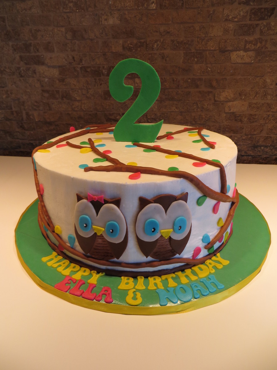 Twin Owls on Cake Central