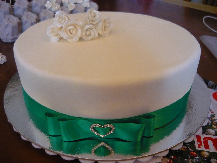 Plain Anniversary Cake on Cake Central
