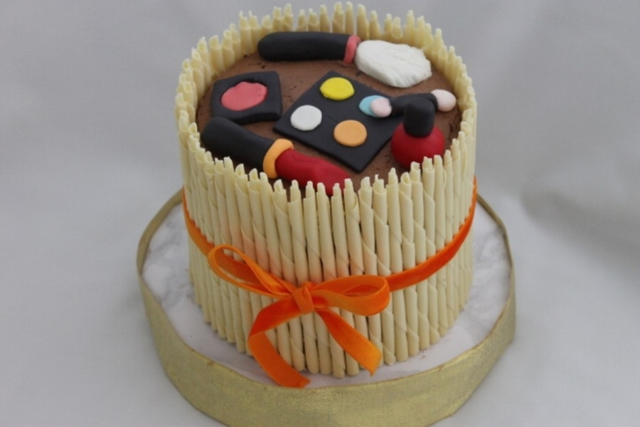 Make Up Cake on Cake Central