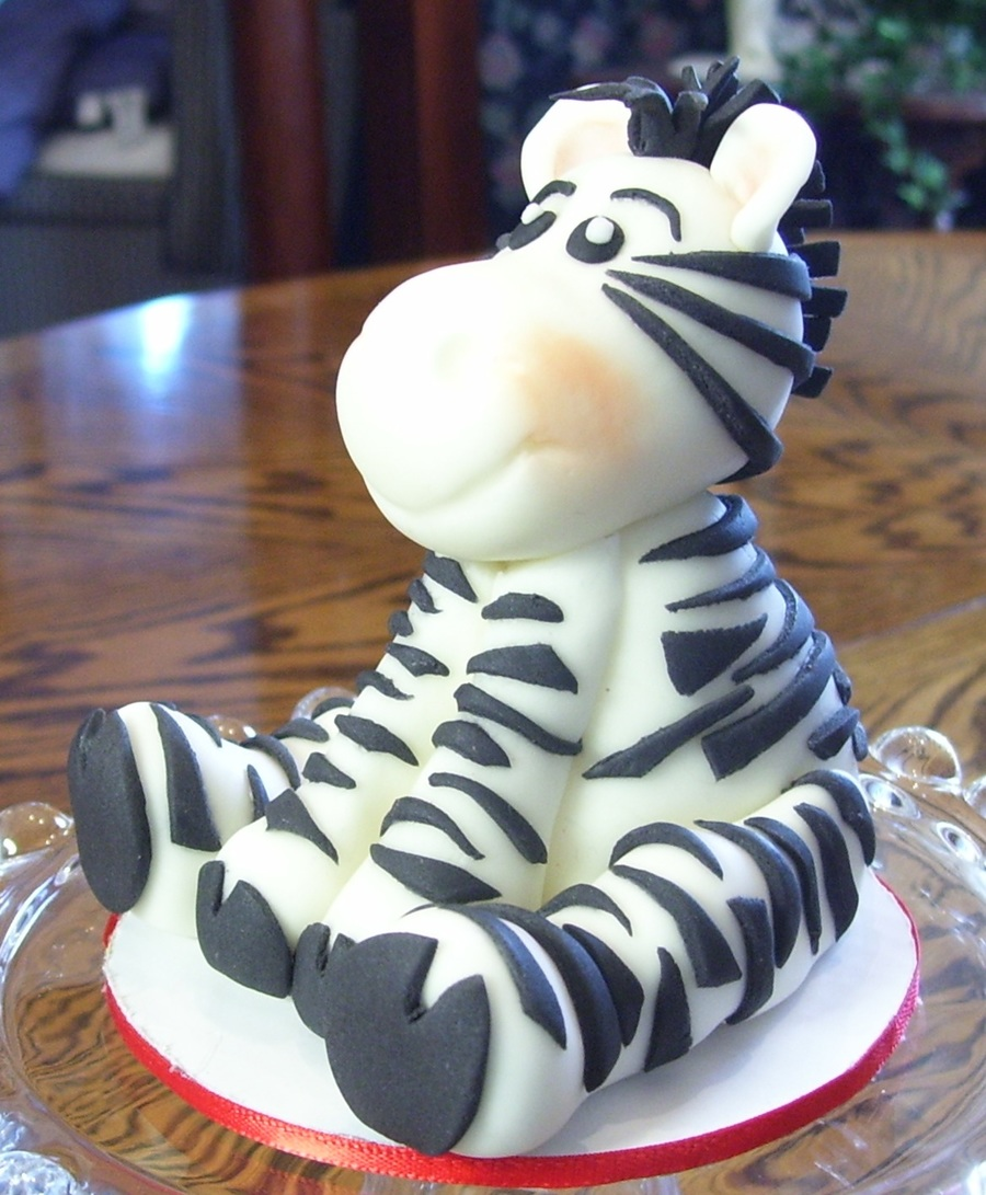 Cake Decorating Animal Figures : Jungle Animals 3D Figures - CakeCentral.com