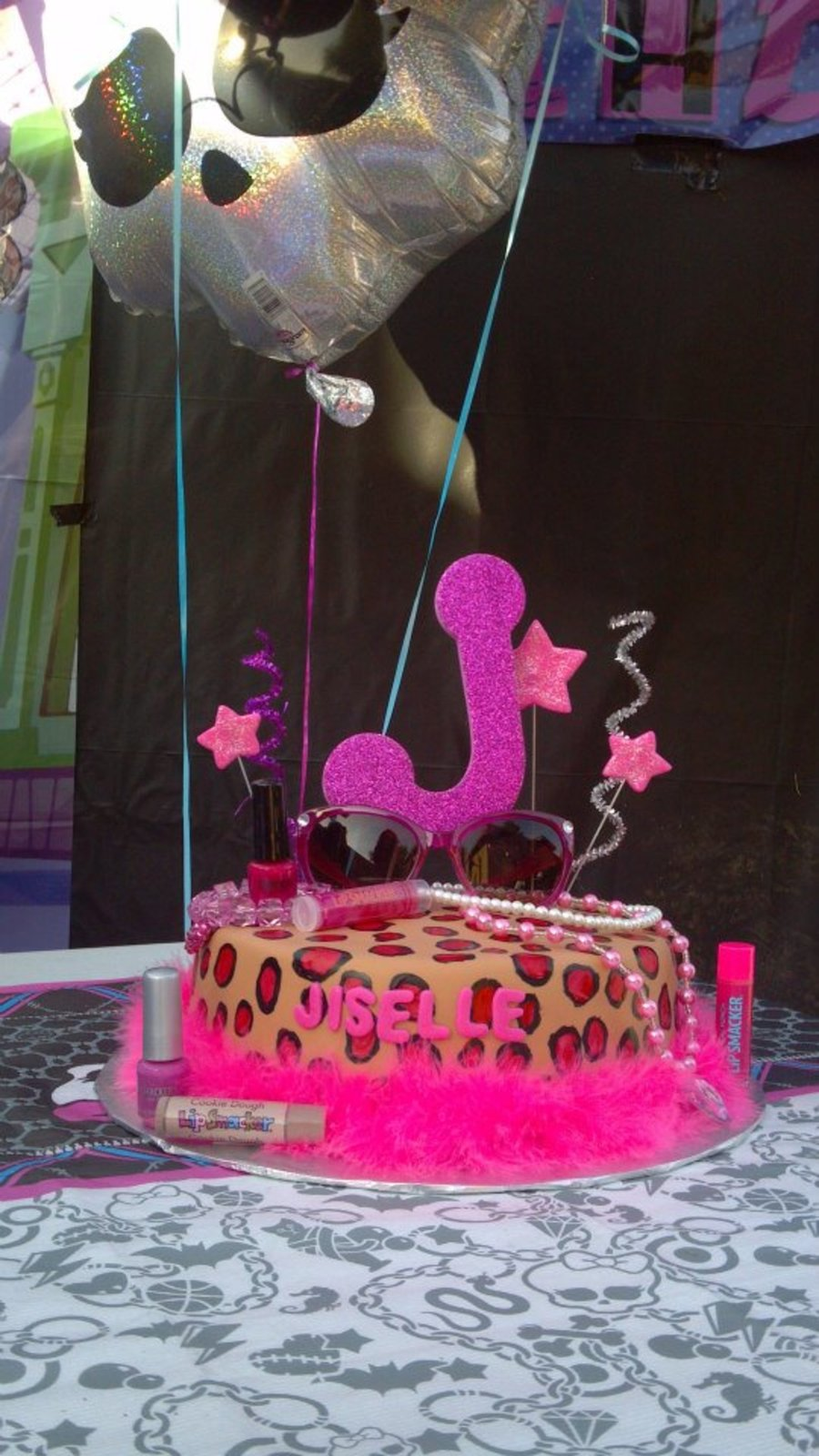 Fashionista Cake on Cake Central