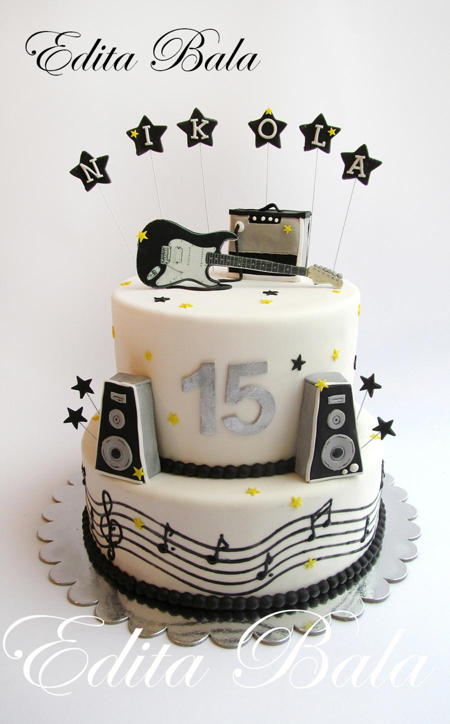 Cake Decorating Ideas Music Theme : Music & Gouitar Themed Cake - CakeCentral.com