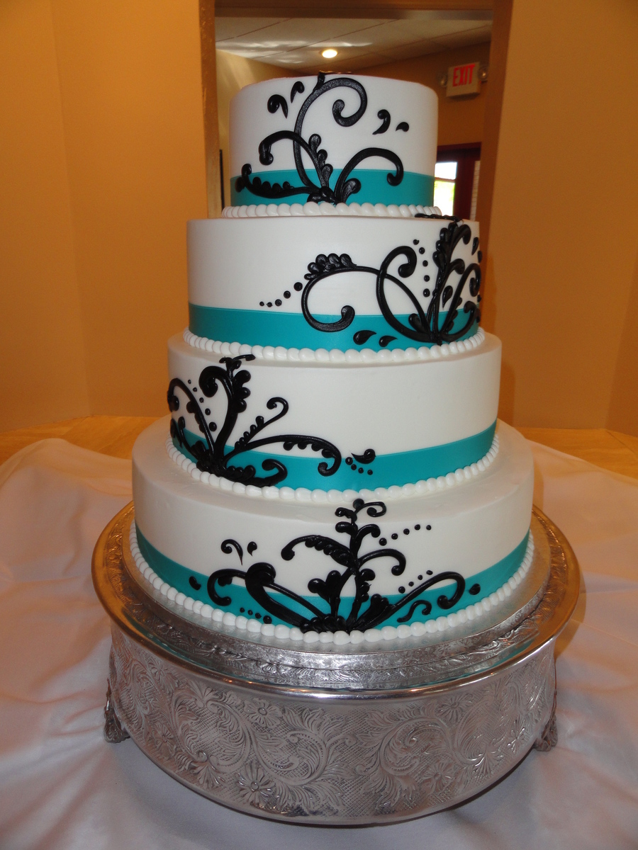 Black Whimsical Piping on Cake Central