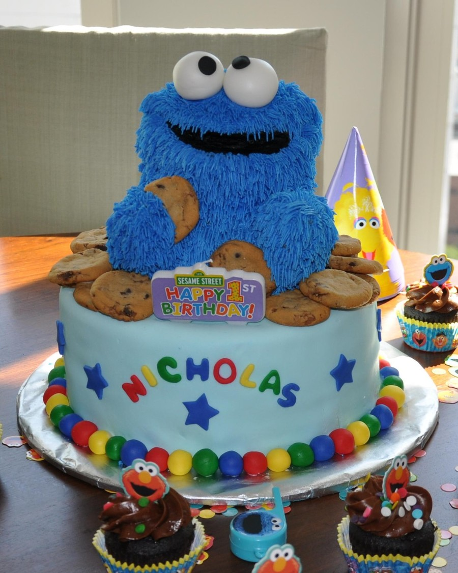 Cookie Monster First Birthday Cake CakeCentralcom