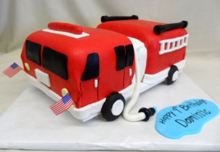 Firetruck on Cake Central