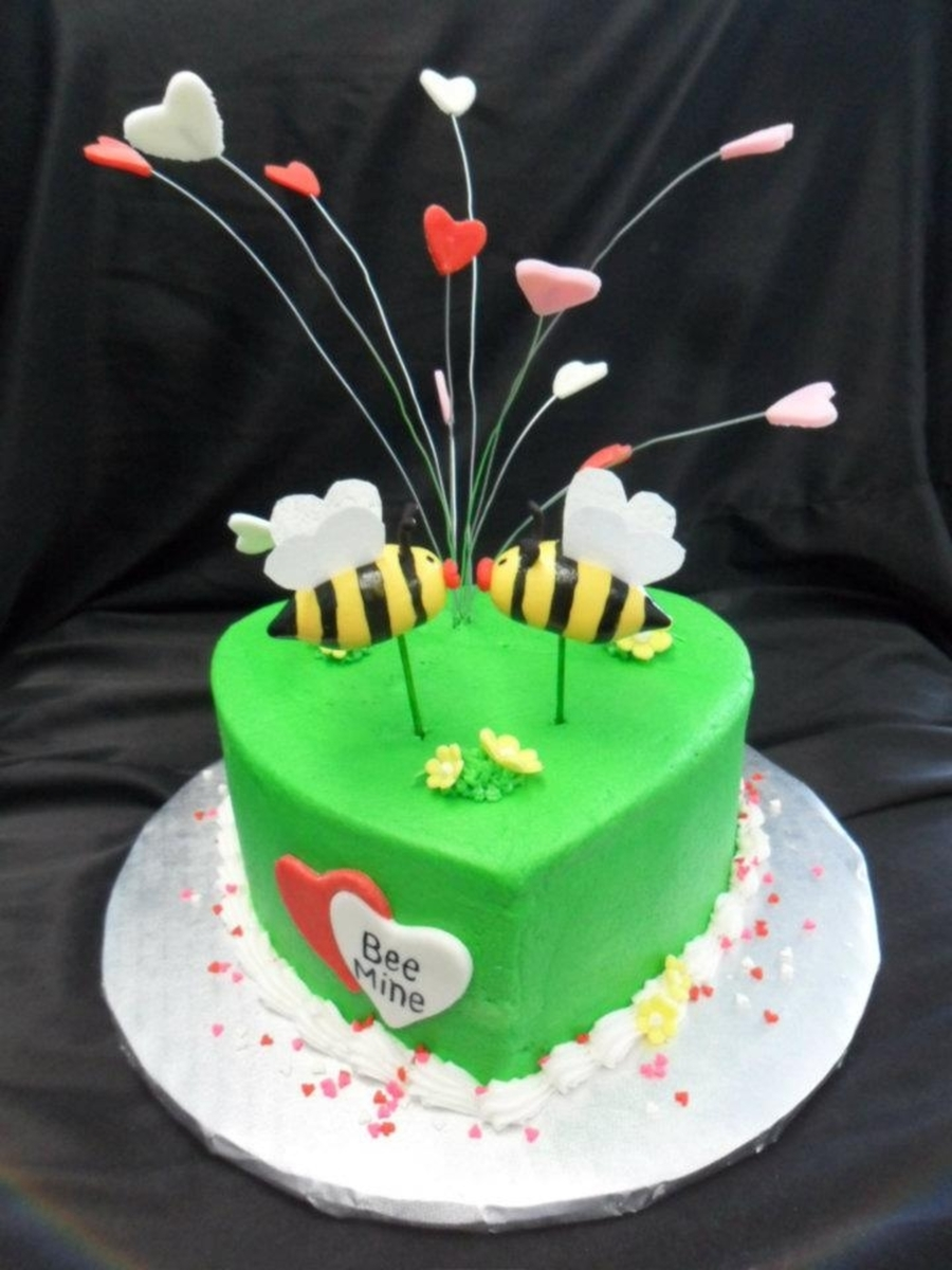 Bee Mine Valentine on Cake Central