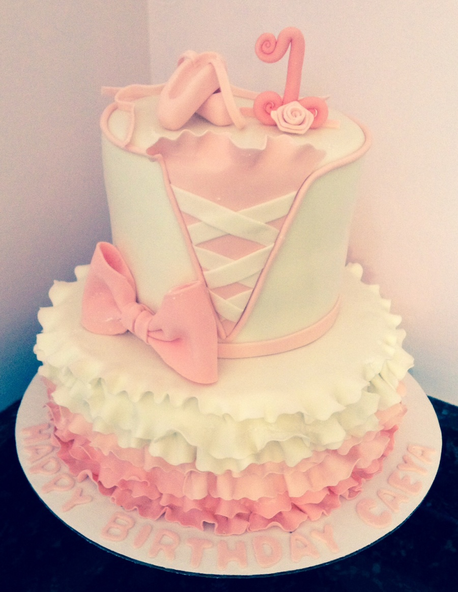 Fabulous Ballet 1St Birthday Cake Cakecentral Com Birthday Cards Printable Opercafe Filternl