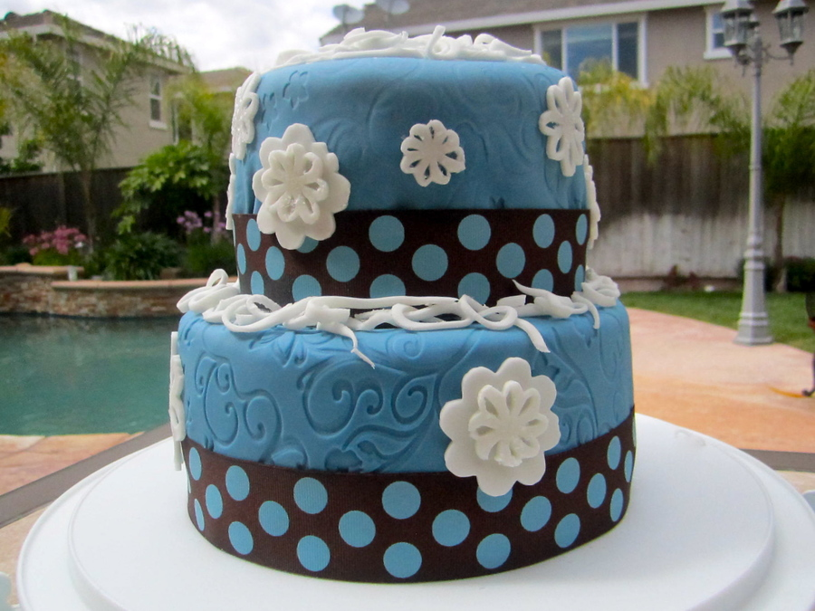 Brown And Blue  on Cake Central