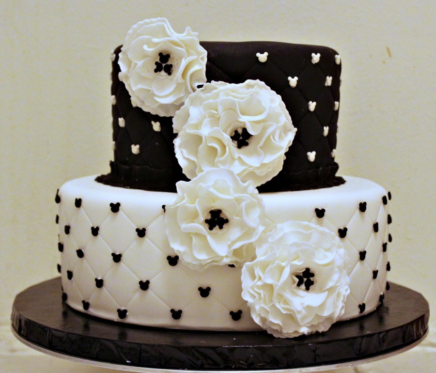 Mickey Mouse Engagement Cake  on Cake Central