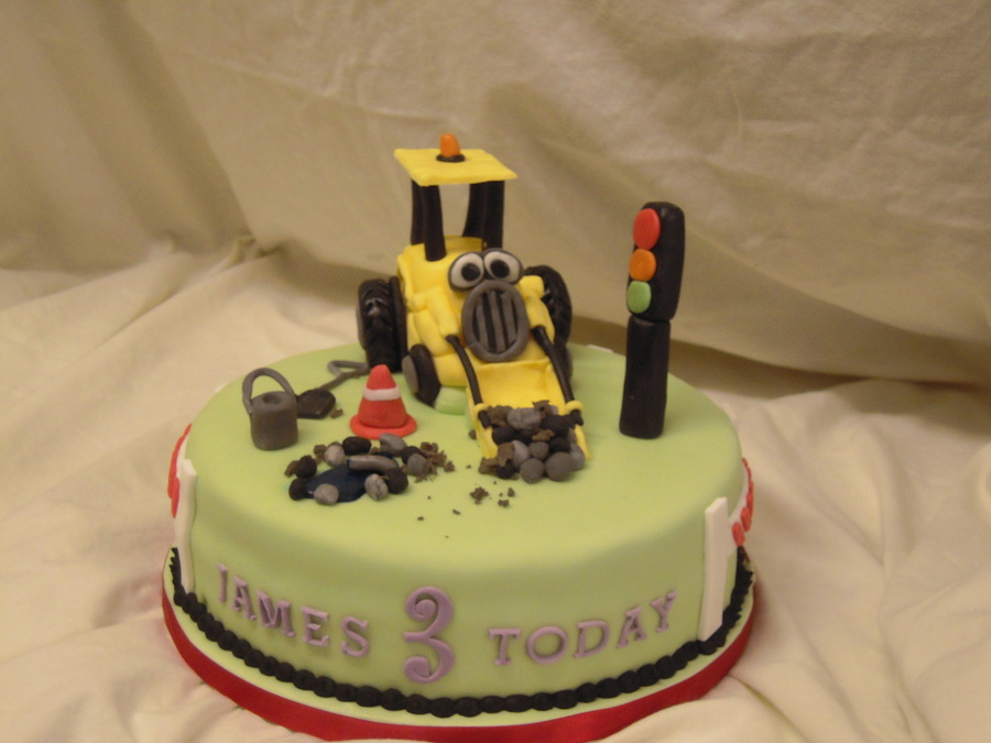 Yellow Digger on Cake Central