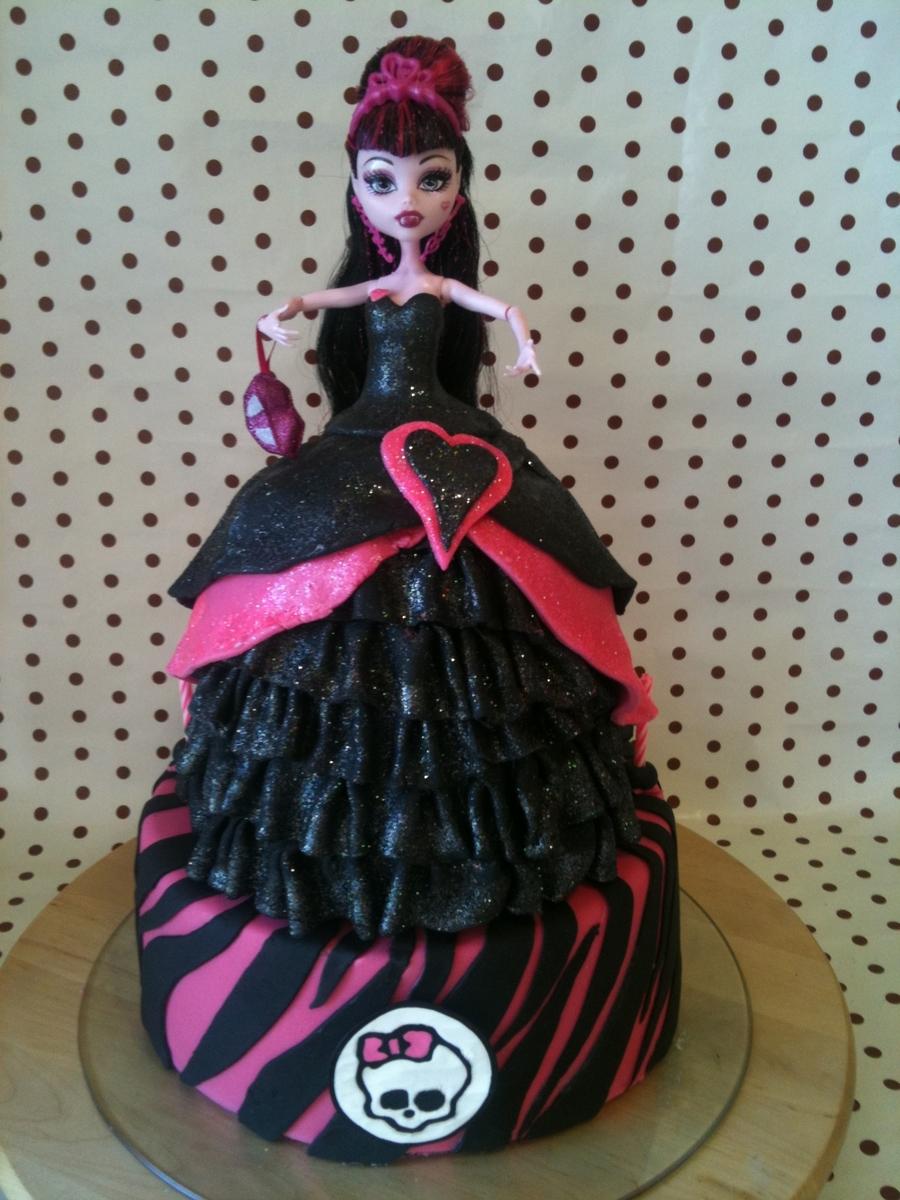 Monster High  Tier Cake