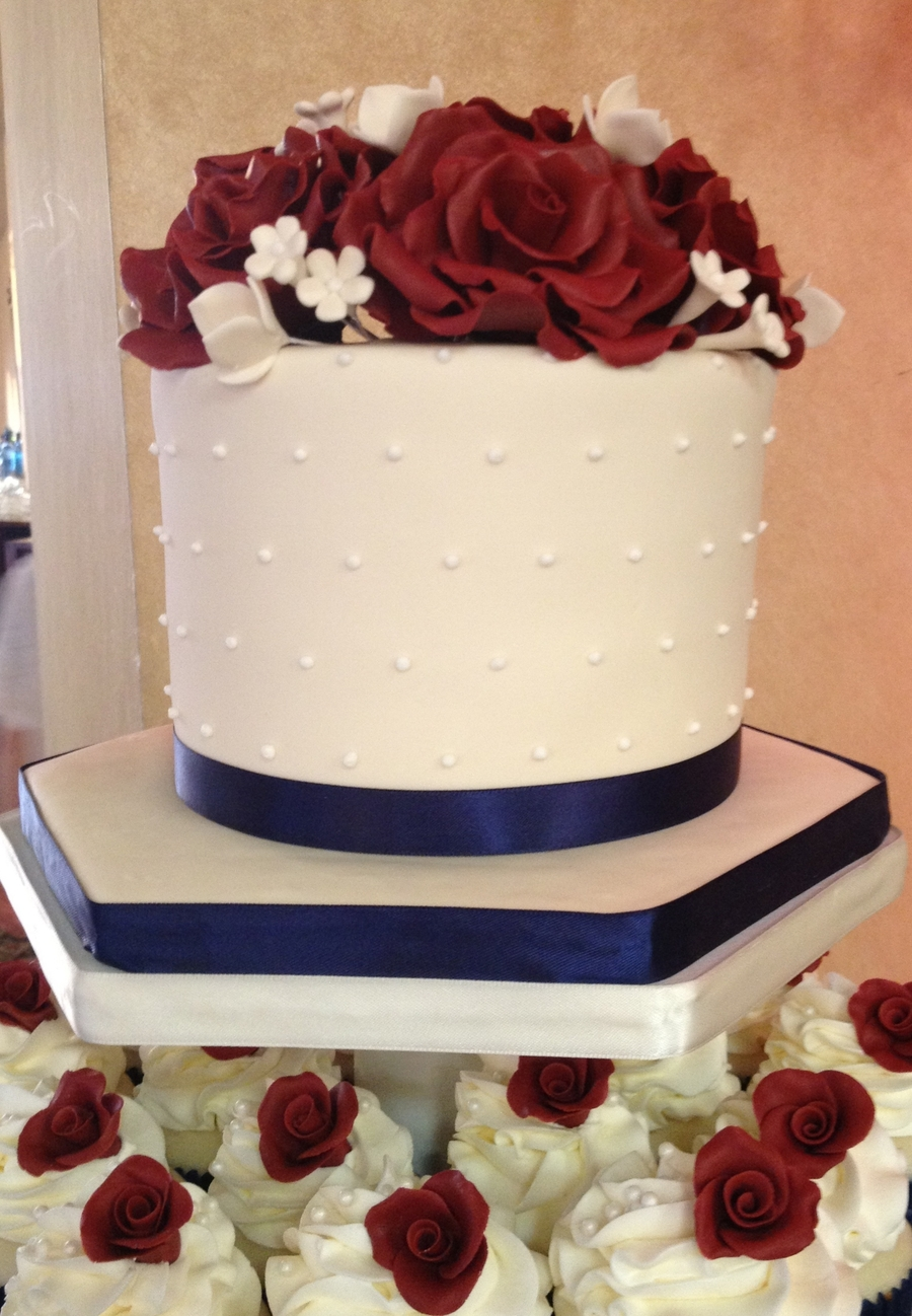 burgundy and navy wedding cake navy blue burgundy amp ivory cupcake tower cakecentral 12230
