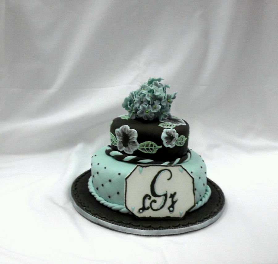 Blue/brown Dake on Cake Central