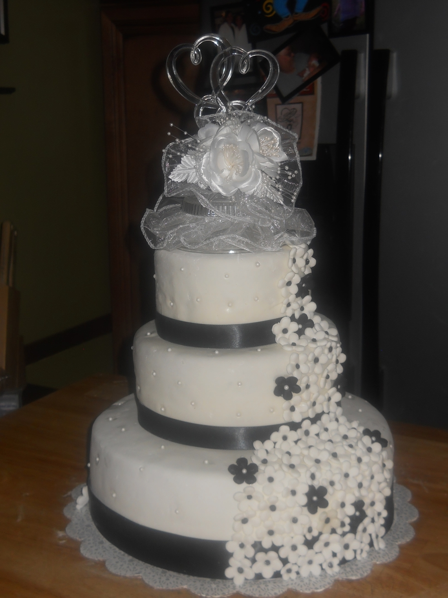 First Wedding Cake on Cake Central