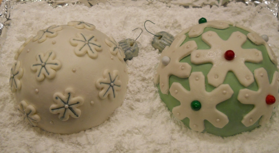 Cake Ornaments on Cake Central