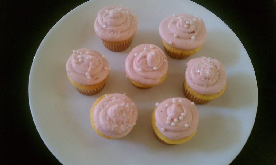 Mini Strawberry Lemonade Cupcakes on Cake Central