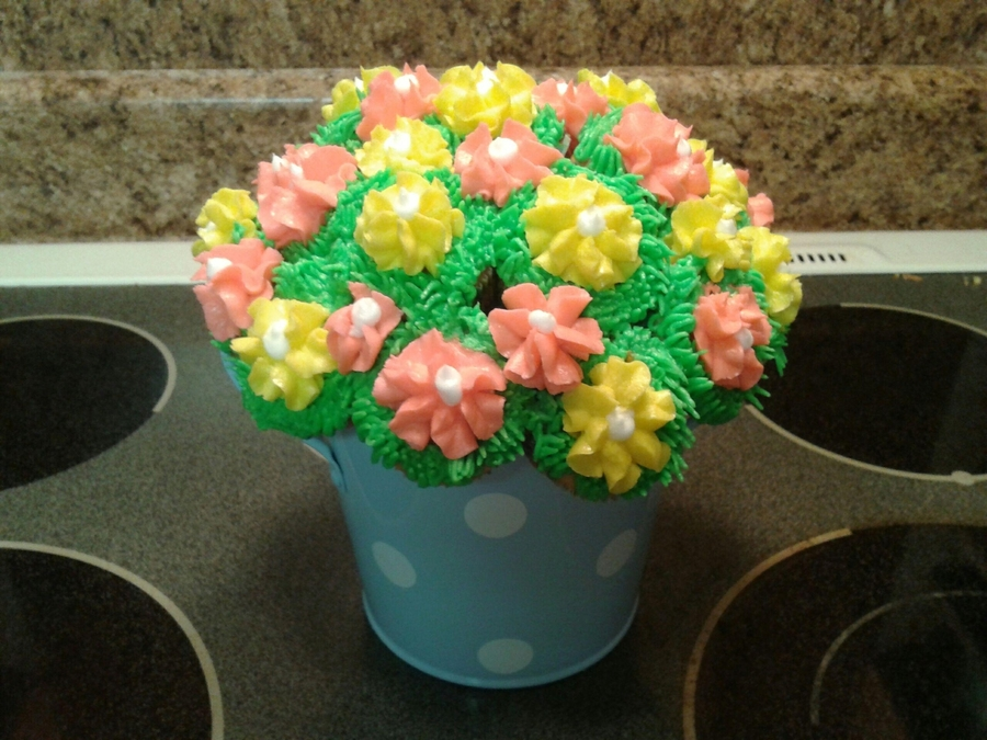Mini Cupcake Bouquet on Cake Central