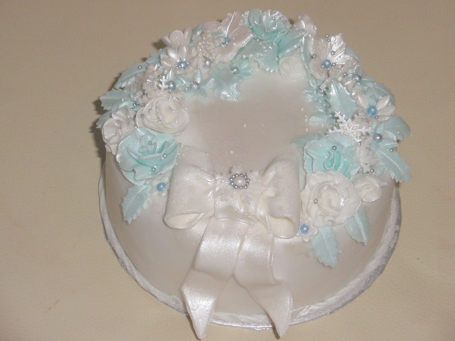 'ice Blue'  on Cake Central