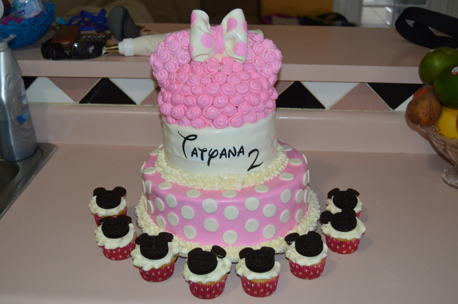 Minnie Mouse Birthday Cake Cupcakes Cakecentral