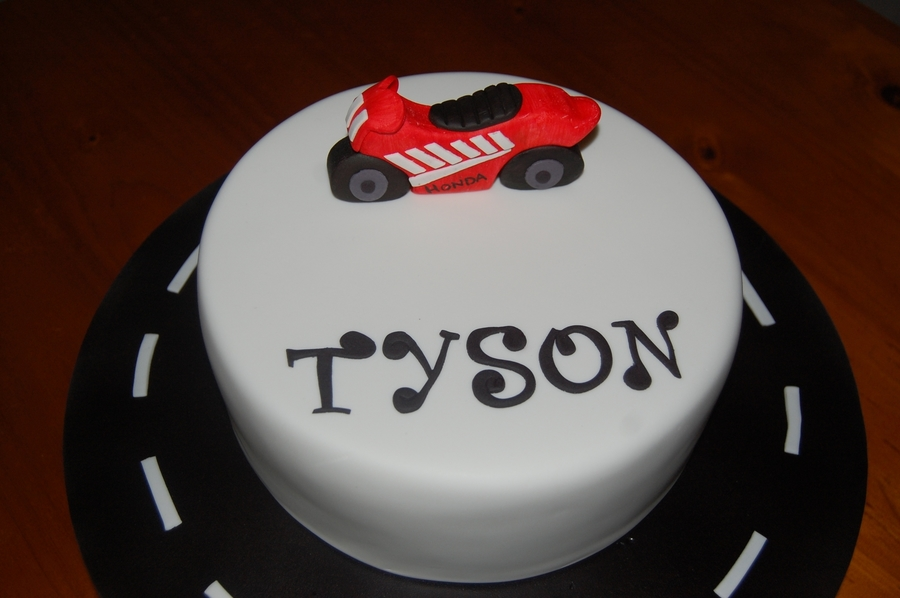 Tyson  on Cake Central