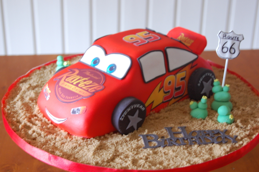 Cake Central Edible Images : Lightening Mcqueen Cake White Choc Mudcake Covered In ...