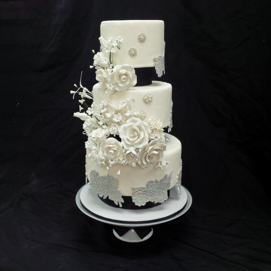 how to get tier wedding cake rock