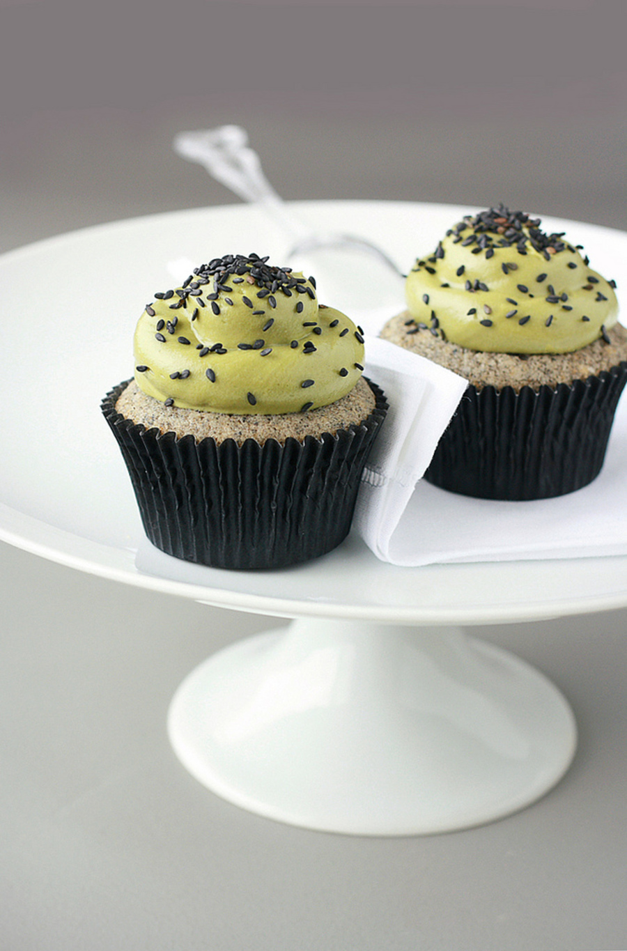 Black Sesame Matcha Cupcakes on Cake Central